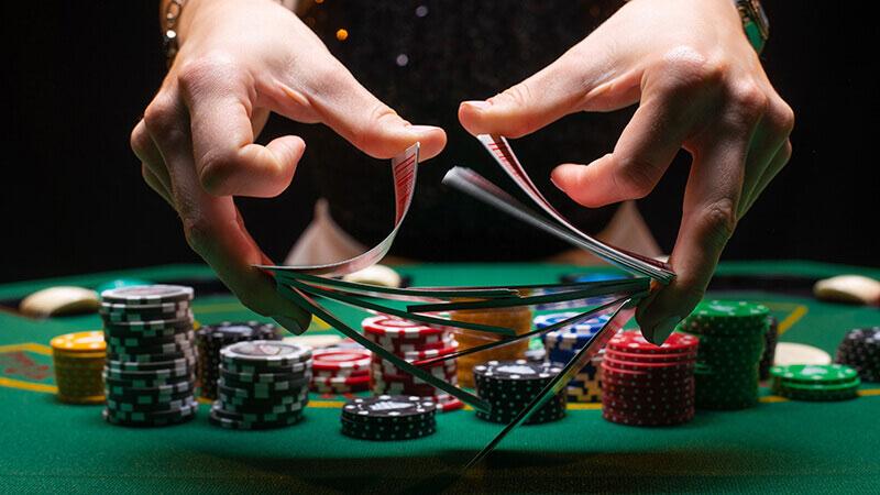 オンラインカジノ カードゲームをプレイ