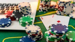 オンラインカジノ カードゲーム モバイル機器からプレイ