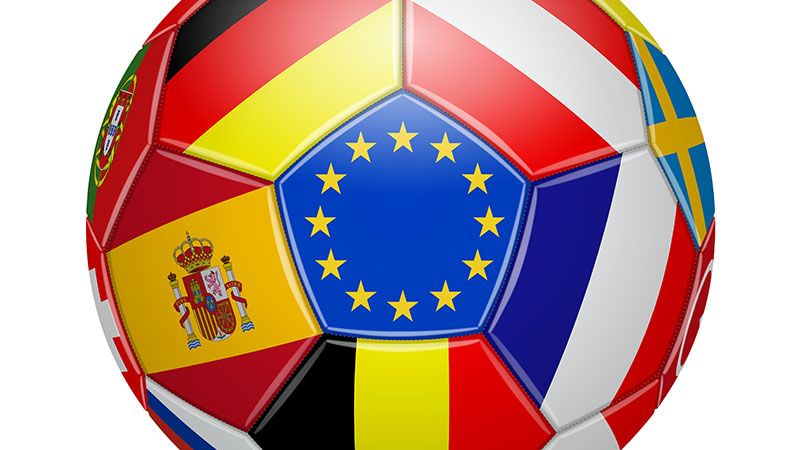 UEFAネーションズリーグの参加国の旗ボール